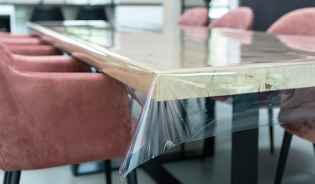 Doorzichtig tafelzeil